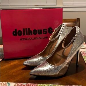 """Dollhouse """"Violate"""" Pumps with Ankle Strap"""